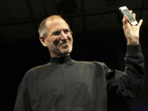 Steve Jobs e o Antennagate