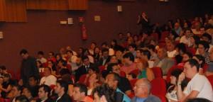 Teatro lotado, blogueiros do país inteiro vieram a premiação