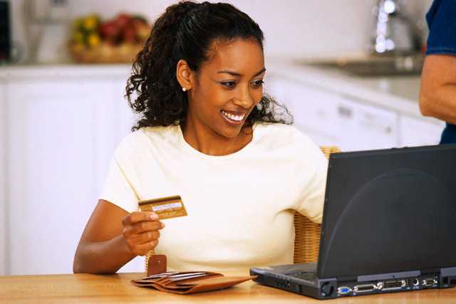 Mulher-e-commerce