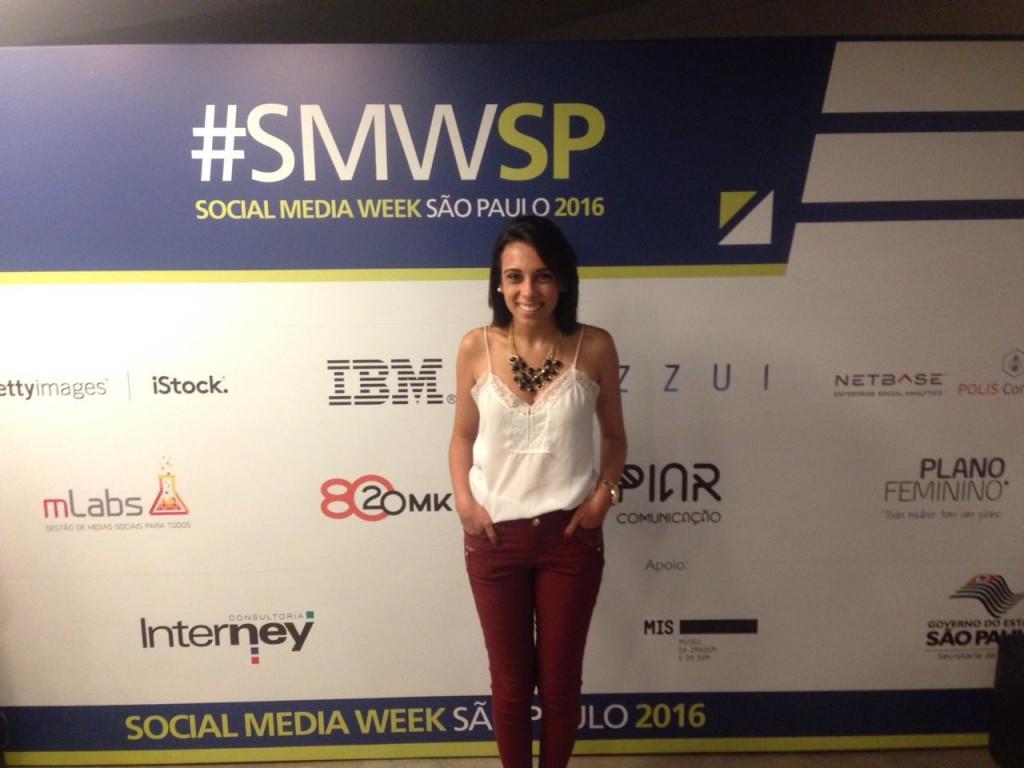 Daniela Dantas representando a eComm no Social Media Week